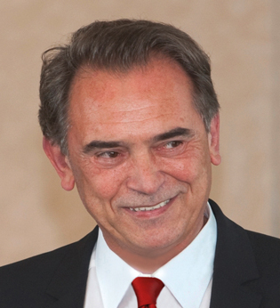 Tony Arthur Farkas - Gründer